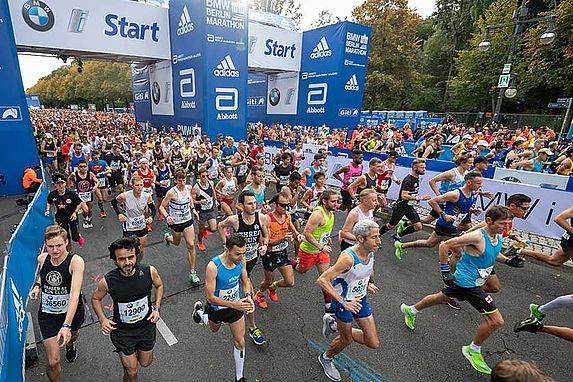 Tour operators and charities offer secure entries for the 2020 BMW BERLIN-MARATHON
